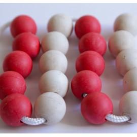 Cadena de 20 bolas de madera de 25 mm de diámetro