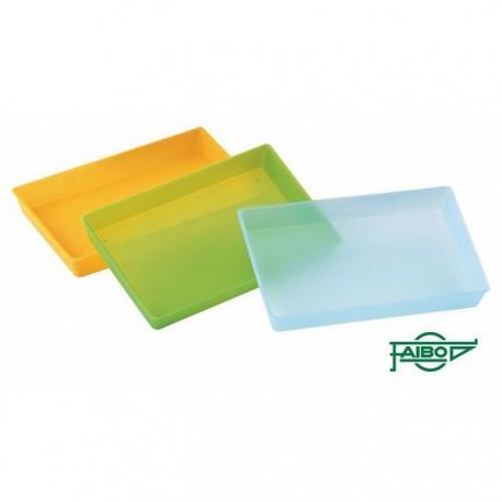 Bandeja de plástico translúcida