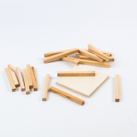 Decenas y centena de madera natural