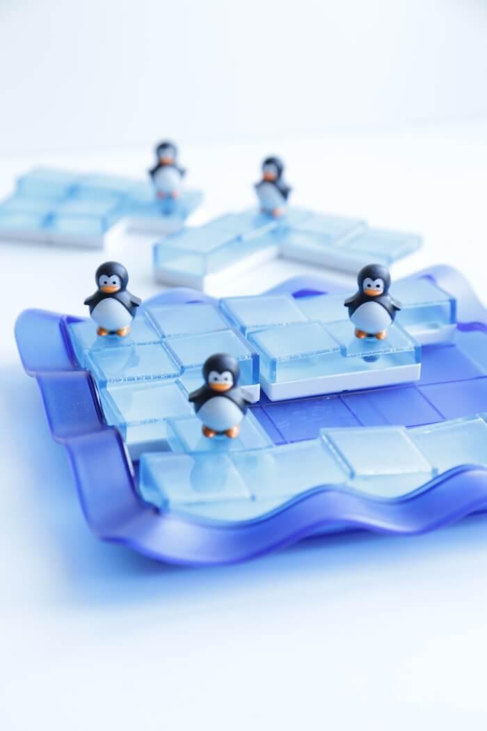 juego mesa mayores pinguinos