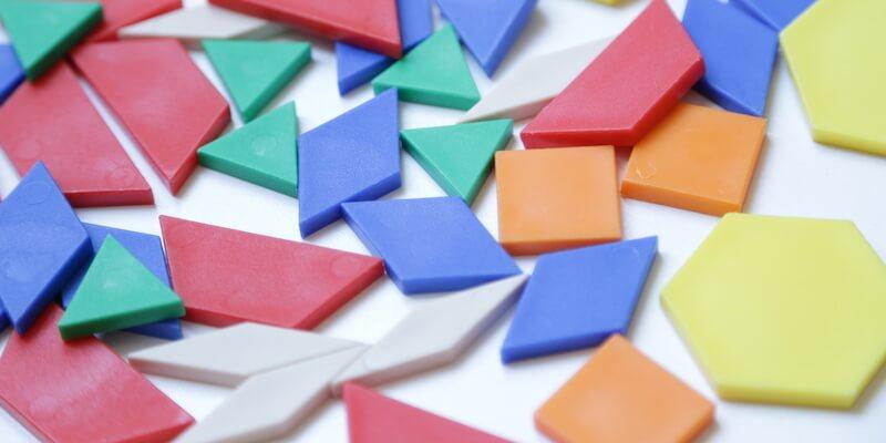 Los bloques geométricos: el material perfecto para trabajar la geometría desde infantil hasta secundaria