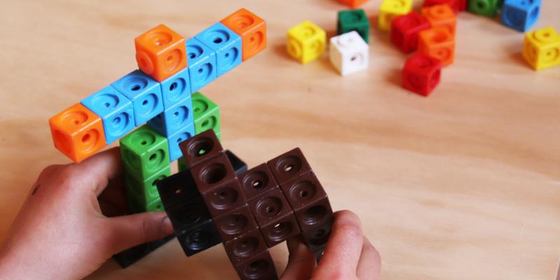 Una actividad de geometría con policubos